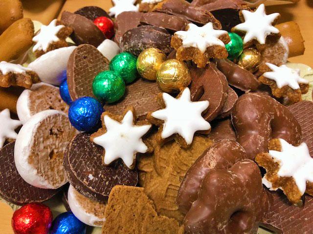 Weihnachtsteller am Nikolaustag für die Friedrich-Ebert Schule Hürth
