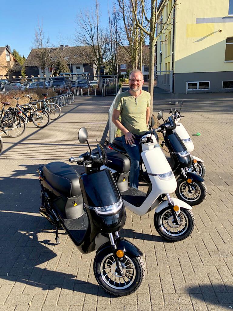 Elektro-Roller für die Mofa-AG unserer Friedrich-Ebert-Schule Hürth